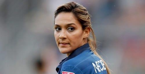 Louisa Necib : football féminin