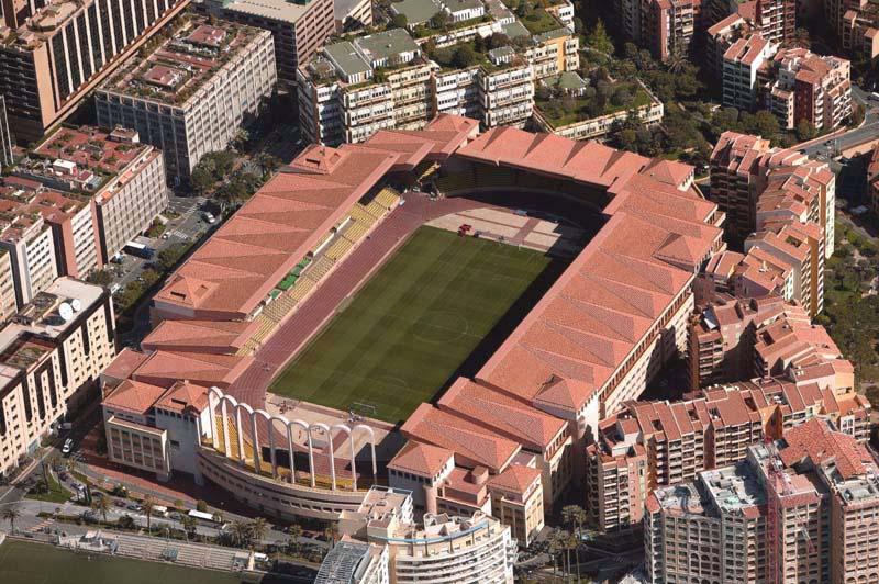 Stade Louis 2