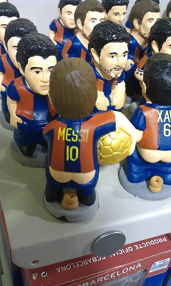 Messi qui défèque Barcelone