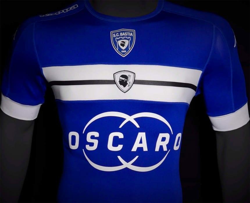 Maillot domicile 2016 - 2017 porté par le SC Bastia