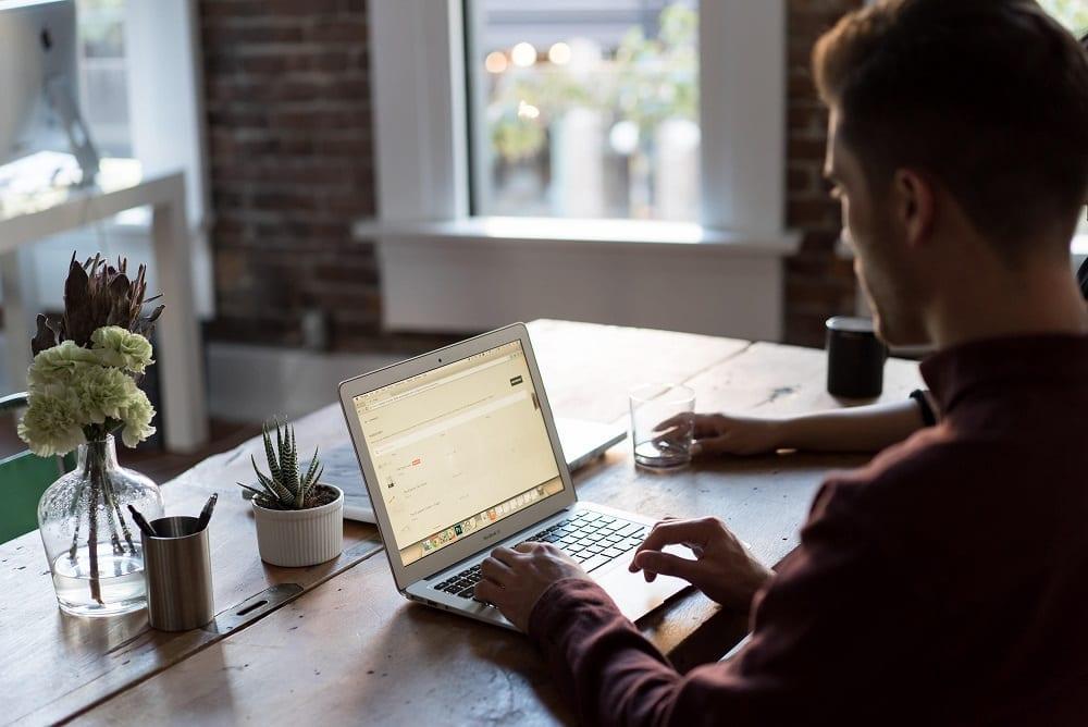 Outils, logiciels et sites pour vous aider à parier